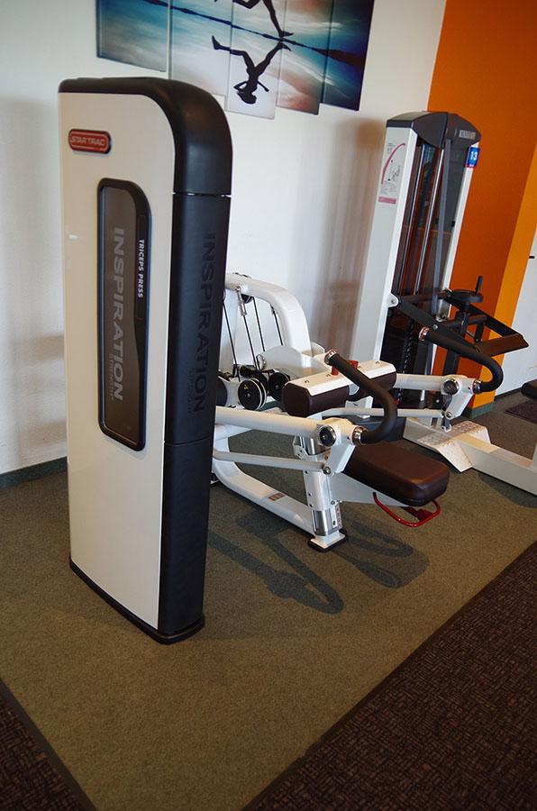 Muskeltraining im Fitnessstudio Untergriesbach